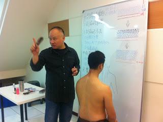 講座紀實/ 養生教練Tony刮痧DIY–刮完好舒服! 為什麼?