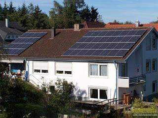 出租屋頂種電,報酬率超過10%喔